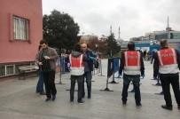 METROBÜS DURAĞI - Berkin Elvan Davası Öncesi İstanbul Adliyesinde Olağanüstü Önlem