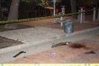 PAZARCI - Eşine Pompalı Tüfekle Ateş Etti Açıklaması 1 Ölü, 1 Yaralı