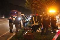 PAMUKKALE - Kontrolden Çıkan Kamyonet Faciaya Neden Oldu Açıklaması 2 Ölü, 4 Yaralı