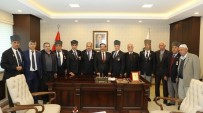 ŞEHİT AİLELERİ - Şehit Aileleri Ve Gazilerden Başkan Atilla'ya Ziyaret