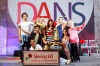 PSİKİYATRİST - 'Sen Kiminle Dans Ediyorsun'Un Başrol Oyuncuları İzmirlilerle Buluşuyor