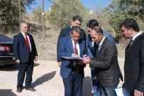 NACI KALKANCı - Vali Kalkancı Gerger'de Köy Yollarındaki Çalışmaları Denetledi