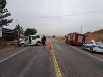 İBRAHIM ÖZ - Amasya'da Trafik Kazası Açıklaması 1 Ölü, 5 Yaralı