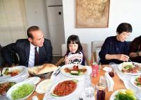 KUZEY KORE - 'Ayla'ya Adana Kebap