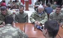 DAĞLıCA - Başbakan Yıldırım Dağlıca'da askerlerle bir araya geldi