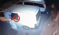 İNŞAAT MALZEMESİ - Kameraya El Sallayan Hırsızın Pişkinliği Pes Dedirtti