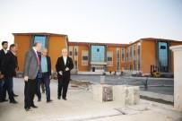 OKUL BİNASI - Karaman'da Okul İnşaatları Gezildi