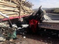 Kilis'te Trafik Kazası Açıklaması 1 Ölü
