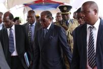 ZIMBABVE - Mugabe Askeri Müdahalenin Ardından İlk Kez Halkın Karşısına Çıktı