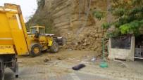 BOŞNAK - (Özel) Silivri'de Toprak Kayması