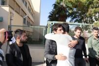 KENAN SOFUOĞLU - Tek Teker Arif'in cenazesini oğulları ve Kenan Sofuoğlu aldı