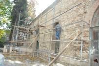 ÇÖKME TEHLİKESİ - Ulu Cami'de Restorasyon Çalışmaları Hızlandı