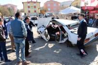YOZGAT - Yozgat'ta Trafik Kazası Açıklaması 1 Ölü, 3 Yaralı