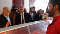 HAKKARİ VALİSİ - Bakan Fakıbaba, Hakkari Esnafını Ziyaret Etti