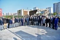 KıBRıS - KKTC'nin 34'Üncü Kuruluş Yıldönümünde Gaziler Denktaş Anıtında Buluştu