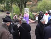 ERMENI - Köln'de tepkilere rağmen Ermeni Anıtı açıldı