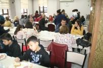 YARIŞ - Okul Aile Birliği Velileri Kahvaltıda Bir Araya Geldiler