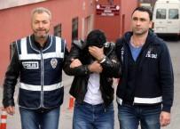 KAMERA KAYDI - Sahte Polisler 1 Milyon TL'lik Vurgun Yaptı
