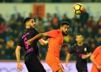 ALI PALABıYıK - Süper Lig Açıklaması Medipol Başakşehir Açıklaması 2 - Galatasaray Açıklaması 0 (İlk Yarı)