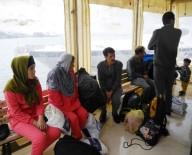 AFGANISTAN - 17 Kaçak Göçmen Yakalandı