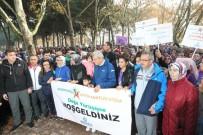 AİLE VE SOSYAL POLİTİKALAR BAKANI - Bakan Kaya, Kocaeli'de Binlerce Kadınla Yürüdü