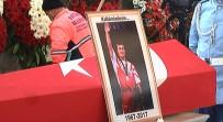 ALTIN MADALYA - Efsanenin Cenazesi Fatih Camii'ne Getirildi