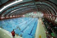 EGE ÜNIVERSITESI - Karşıyaka'ya İlk Kapalı Yüzme Havuzu