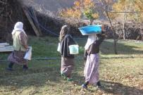 SAĞLIĞI MERKEZİ - Suları Olmayan Köylüler Su İhtiyaçlarını Nehirden Karşılıyor