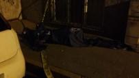 67 Yaşındaki Adam Apartman Girişinde Ölü Bulundu