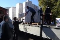 ZONGULDAK VALİSİ - Afganlı Mültecilere 2 Tır Dolusu Yardım