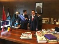 BEŞIKTAŞ BELEDIYESI - Beşiktaş Belediye Başkanı Koltuğunu Bıraktı