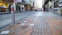 YAYA TRAFİĞİ - Gazi Caddesi'ne Yeni Görünüm
