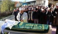 MURAT ARSLAN - Gebze'de Öldürülen Genç Kız Gözyaşları Arasında Toprağa Verildi
