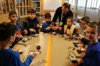 ROBOTLAR - Geleceğin Bilim Adamları Kocaeli'de Yetişiyor