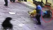 Köpek Korkusu Olan Adama Köpek Şakası
