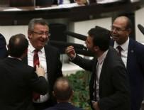 NACİ AĞBAL - Meclis'te samimi anlar