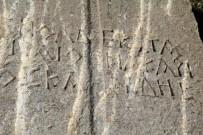ALT YAPI ÇALIŞMASI - Trafoyu Yenilerken Bin 600 Yıllık Lahit Buldular