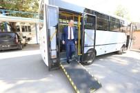 PAMUKKALE - Başkan Gürlesin'den Engellilere Otobüs Desteği