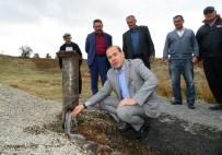 PEKMEZLI - Başkan Sözlü, Tufanbeyli'de Su Kalitesini Yerinde Ölçtü