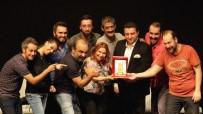 BOZÜYÜK BELEDİYESİ - Bozüyük Tiyatro Günlerinde Kahkaha Tufanı