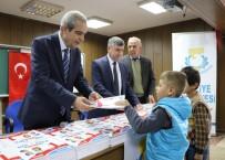 İLÇE MİLLİ EĞİTİM MÜDÜRÜ - Demirkol, Çocuklara Kitap Dağıttı