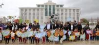 ATATÜRK ANITI - Döşemealtı'nda 'Dünya Çocuk Hakları Günü' Yürüyüşü Düzenlendi