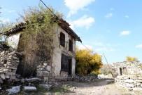 ESKIHISAR - 'Gladyatörler Şehri' Sonbaharda Bir Başka Güzel
