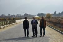 FEVZI ÇAKMAK - Horozköy Dere Boyunda Kilit Parke Çalışması