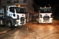 DOLU YAĞIŞI - Mersin'de Sağanak Ve Dolu Yağışının Yaraları Sarılıyor