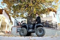 AHMET TAN - İhtiyar Delikanlıların ATV Keyfi Gençlere Taş Çıkarıyor