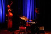 TÜRK MÜZİĞİ - Salon 2003'Te Müzikal Şölen