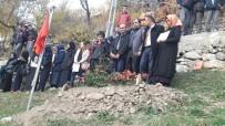 HAMIT YıLMAZ - Şehit Öğretmene Vefa Ziyareti