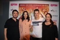 BİNNUR KAYA - 'Sen Kiminle Dans Ediyorsun' filminin İzmir galası yapıldı