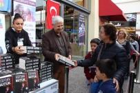 ÖLÜMSÜZ - Söke Belediyesi 'Nutuk' Dağıttı